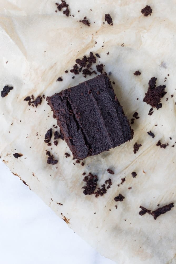 Is it safe to microwave parchment paper?