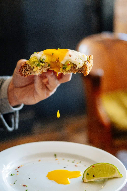 microwave over easy eggs