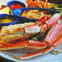 Can you microwave king crab legs?