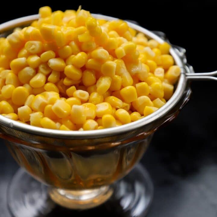 How to Microwave Corn