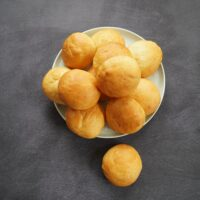 Best way to defrost bread roll in microwave